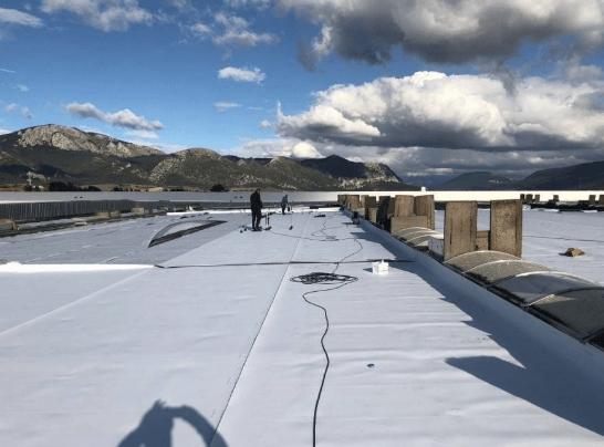 Asesoramiento en la rehabilitación de una cubierta deck de 30.000 m2